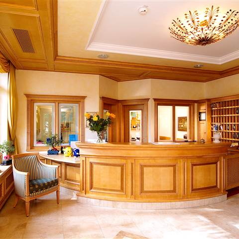 Hotel reception area in wooden look